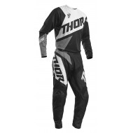 COMBO INFANTIL THOR SECTOR BLADE 2020 COLOR NEGRO / BLANCO